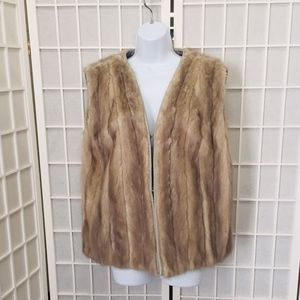 Vintage mink vest w/ leather piping, 4